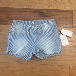 New 7FAMK denim jean shorts pinstripe size 10